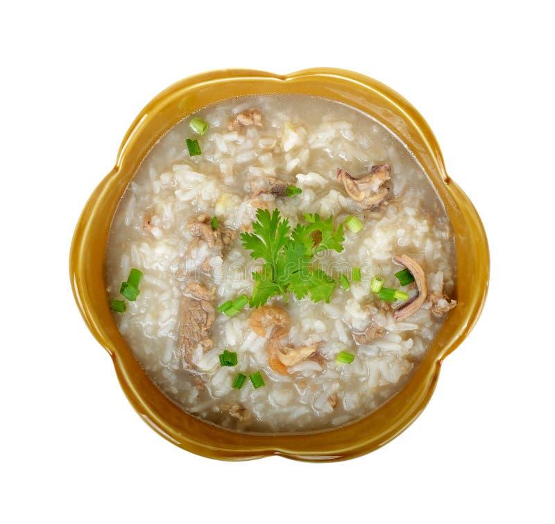 Varkensvlees met gekookte die rijst op witte achtergrond wordt geïsoleerd royalty-vrije stock fotografie