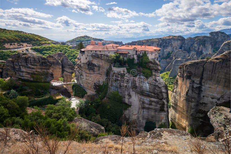 Varlaam monasteru panoramiczny widok, Meteorów monastery, Trikala, Thessaly, Grecja zdjęcie stock