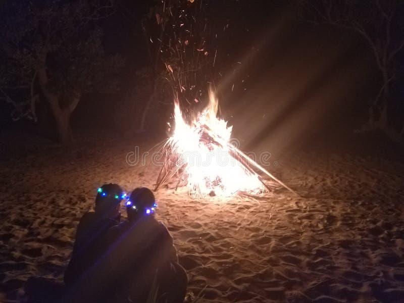 Varm fristad från den kalla natten royaltyfri fotografi