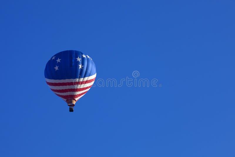varmt patriotiskt för luftballong royaltyfria bilder