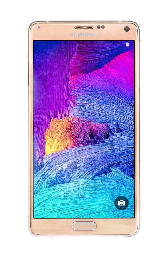 Varna, Bulgarie-studio a tiré d'un smartphone de la note 4 de galaxie de Samsung d'or photographie stock libre de droits