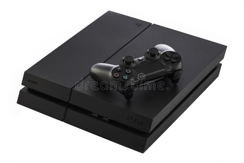 VARNA Bulgarien - 18 November, 2016: Sony PlayStation 4 modig konsol royaltyfri foto