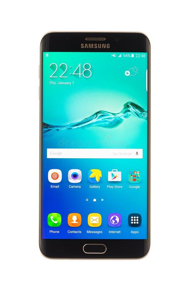 Varna Bulgarien - Oktober, 04, 2016: Smartphone för Samsung galax S6 Edge+ arkivbild