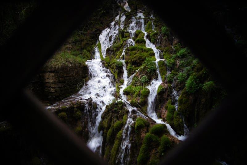 Varone siklawa Włochy Riva Del Garda zdjęcie royalty free