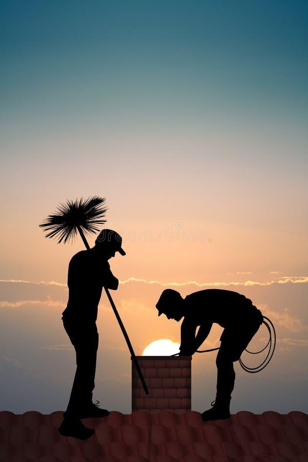Varredura de chamin? no telhado no por do sol imagens de stock royalty free
