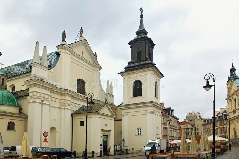VARSÓVIA, POLÔNIA - 12 DE MAIO DE 2012: O St Hyacinth Church na cidade nova de Varsóvia fotografia de stock royalty free