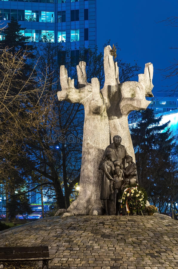 Varsovia judía, monumento a Janusz Korczak fotografía de archivo libre de regalías