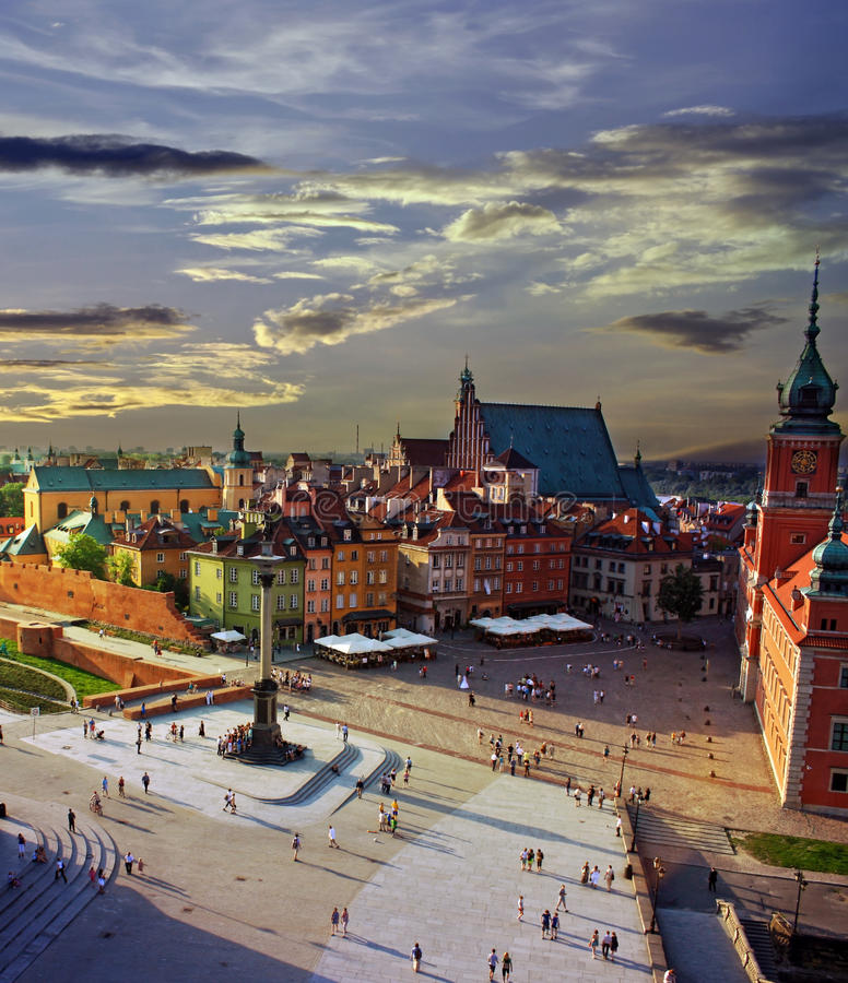 Varsovie au coucher du soleil photos libres de droits