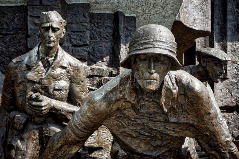 VARSOVIE, POLAND/EUROPE - 17 SEPTEMBRE : Monument pour polir le fighte photos libres de droits