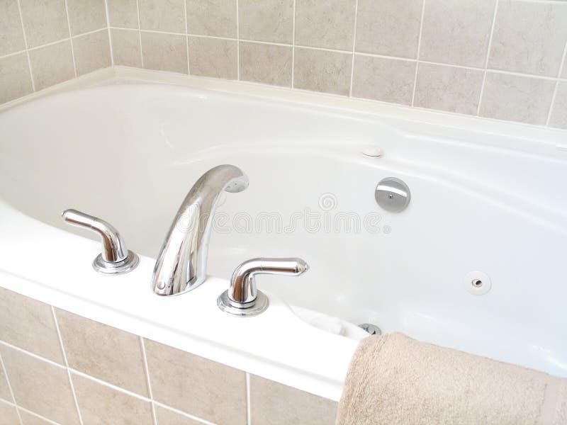 Vasca da bagno 3 fotografie stock