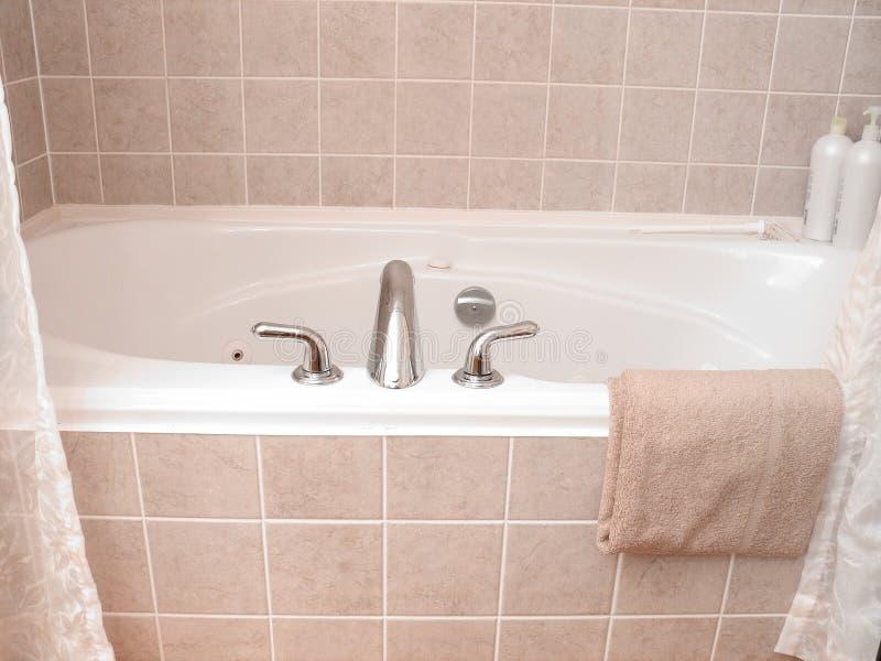 Vasca da bagno 4 fotografia stock