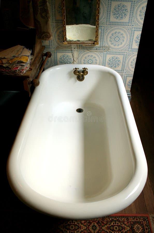 Vasca da bagno di Clawfoot immagine stock libera da diritti