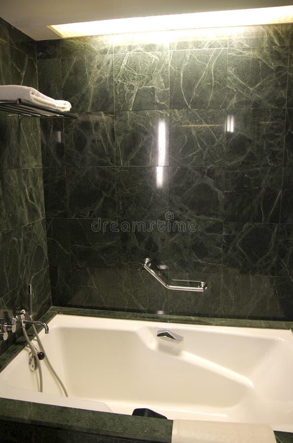 Vasca da bagno di marmo immagini stock libere da diritti