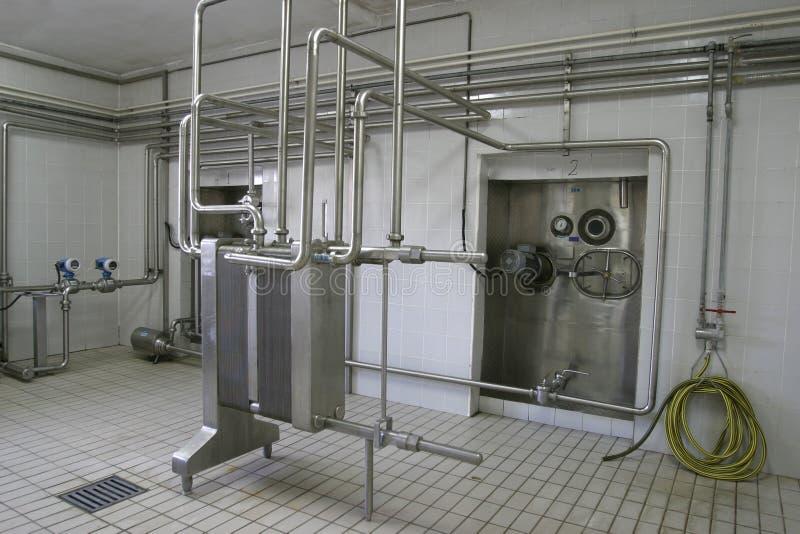 Vasche d'impregnazione e valvole a temperatura controllata in fabbrica fotografie stock libere da diritti