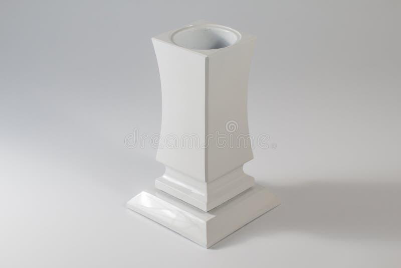 Vase à fleur grave fait en pierre photographie stock libre de droits