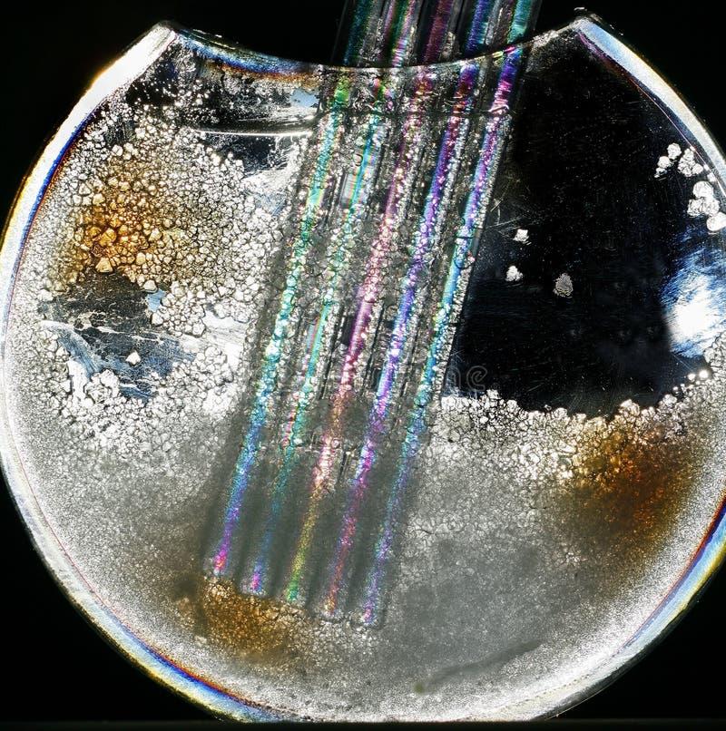 Vase avec des cristaux et des pailles photo libre de droits