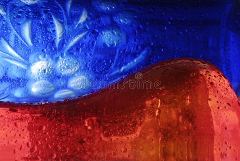 vase för blå red royaltyfri fotografi