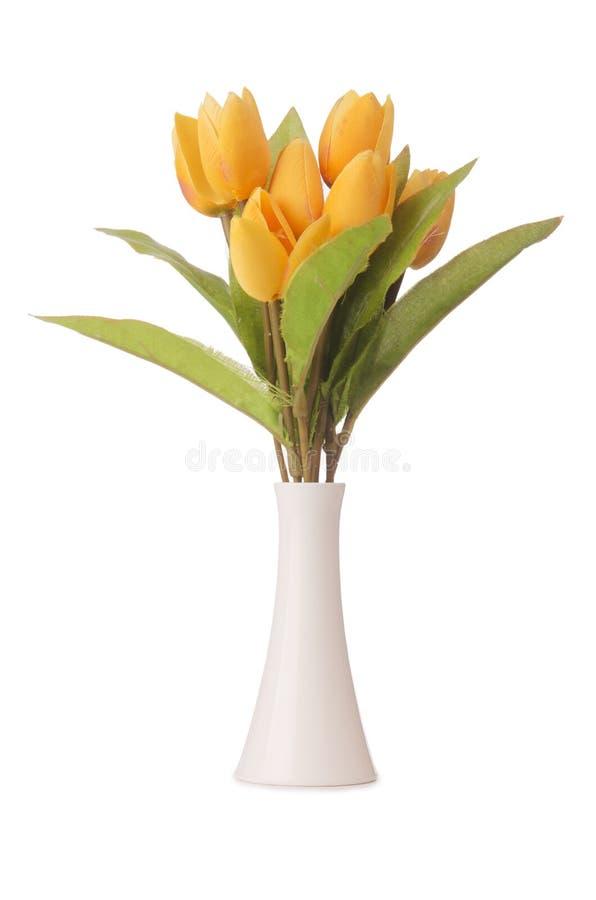 Vase mit bunten Tulpen auf dem Weiß stockbild