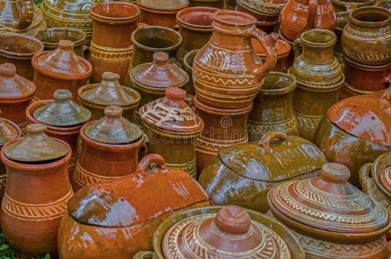 Vasi ceramici, tradizionali area da Sibiu, la Transilvania immagini stock