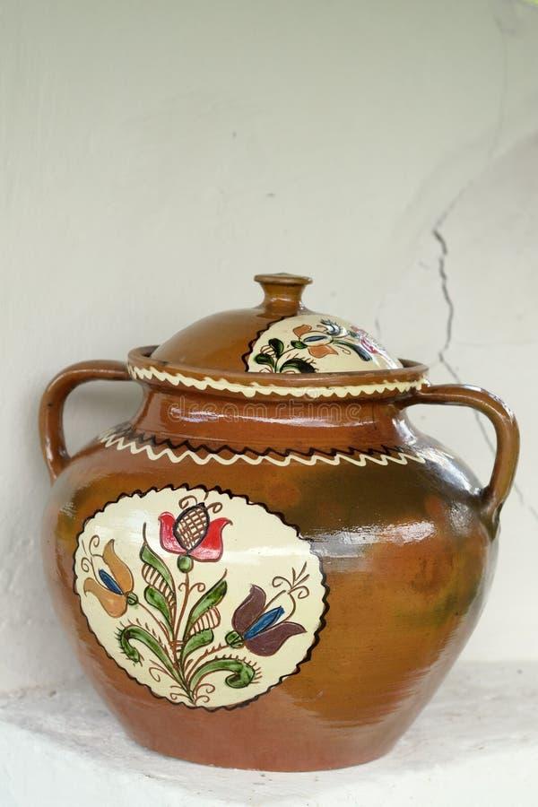 Vaso ceramico dipinto fotografia stock libera da diritti