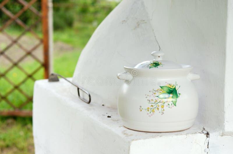 Vaso ceramico dipinto fotografie stock