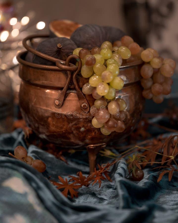 vaso de uva fechado imagens de stock royalty free