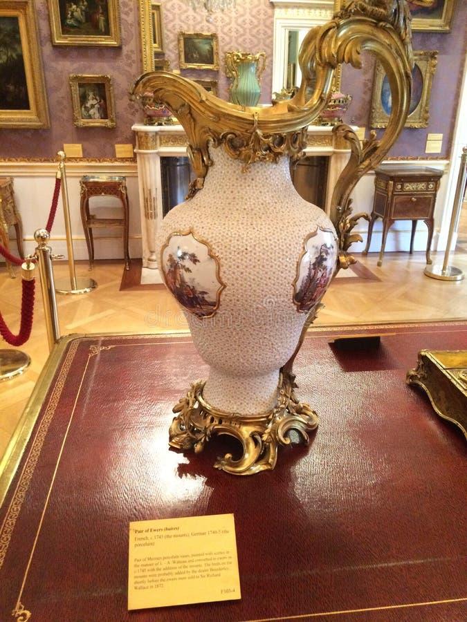 Vaso della porcellana di Meissen immagini stock