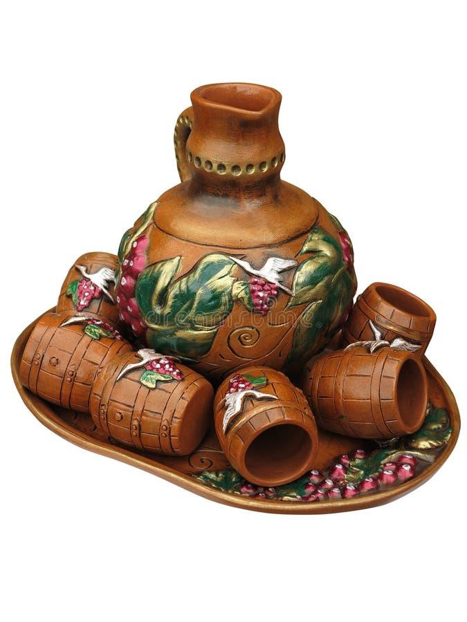 Vaso progettato variopinto dell'argilla isolato sopra bianco immagine stock
