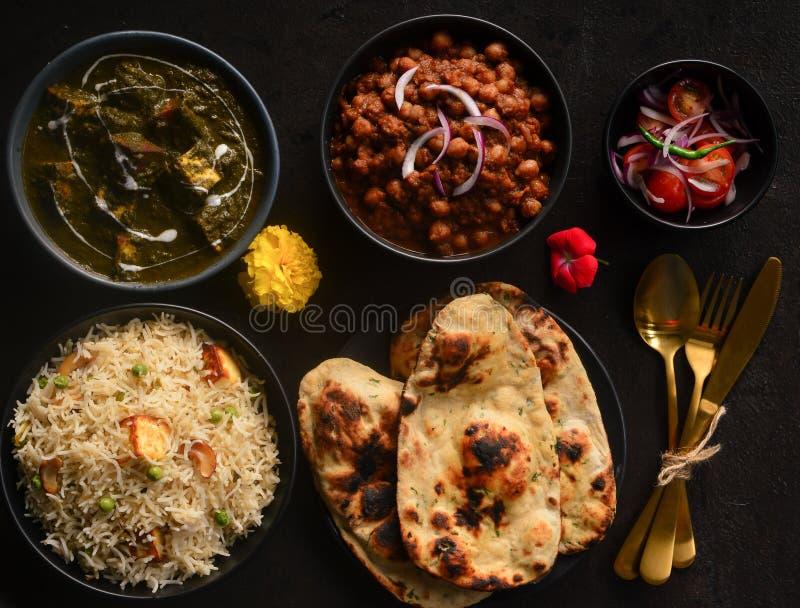 Vassoio pasto-punjabi vegetariano indiano del veg fotografia stock libera da diritti
