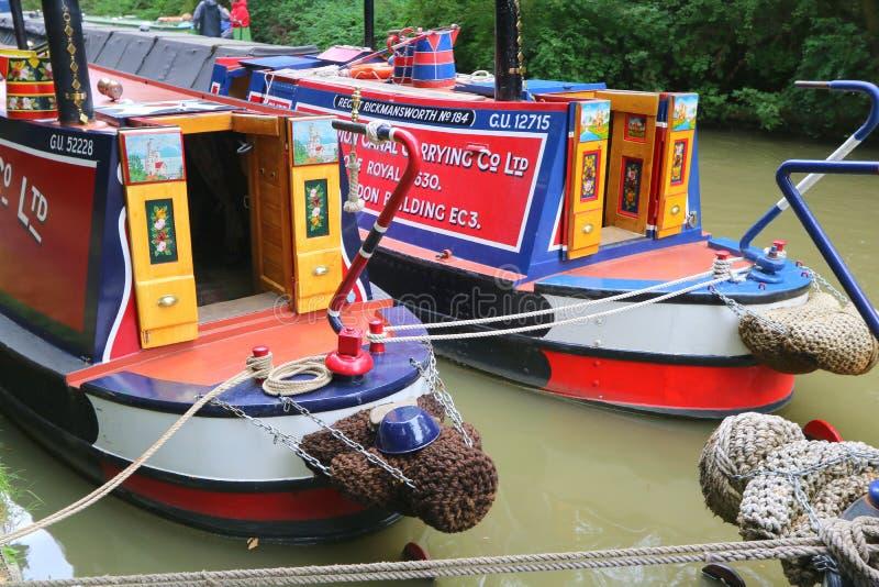 Vastgelegde boten aan kant van kanaal royalty-vrije stock afbeelding