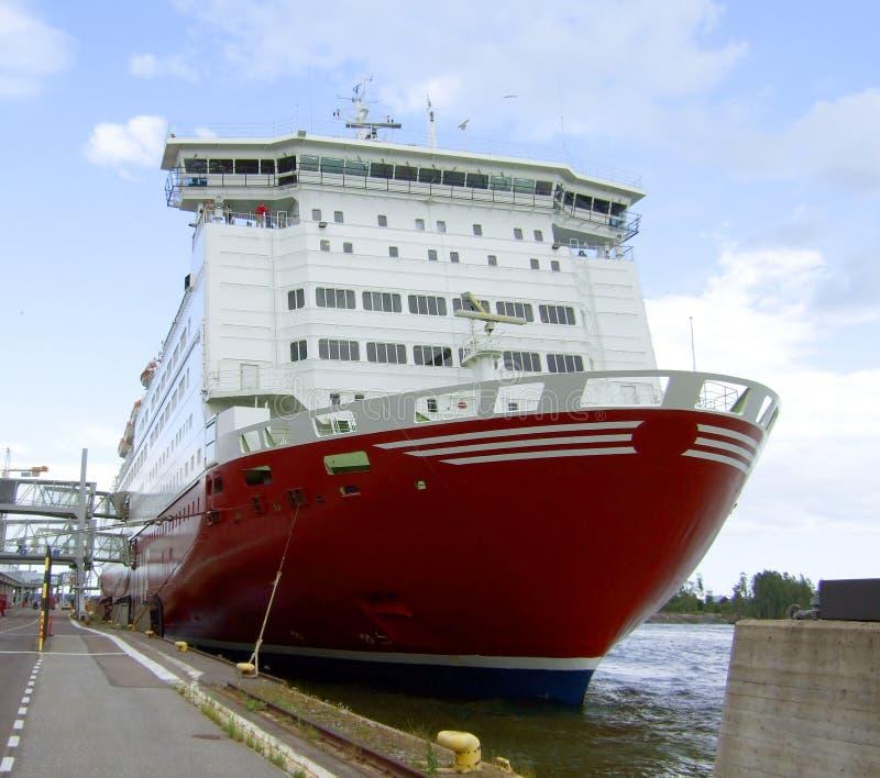 Vastgelegde veerboot in Helsinki stock afbeeldingen