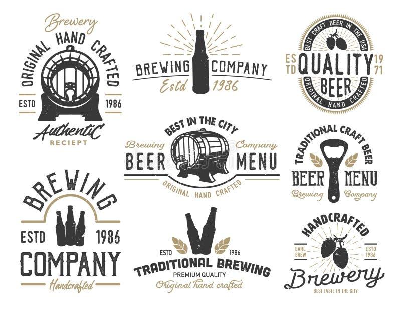Vastgestelde emblemen met biervoorwerpen vector illustratie