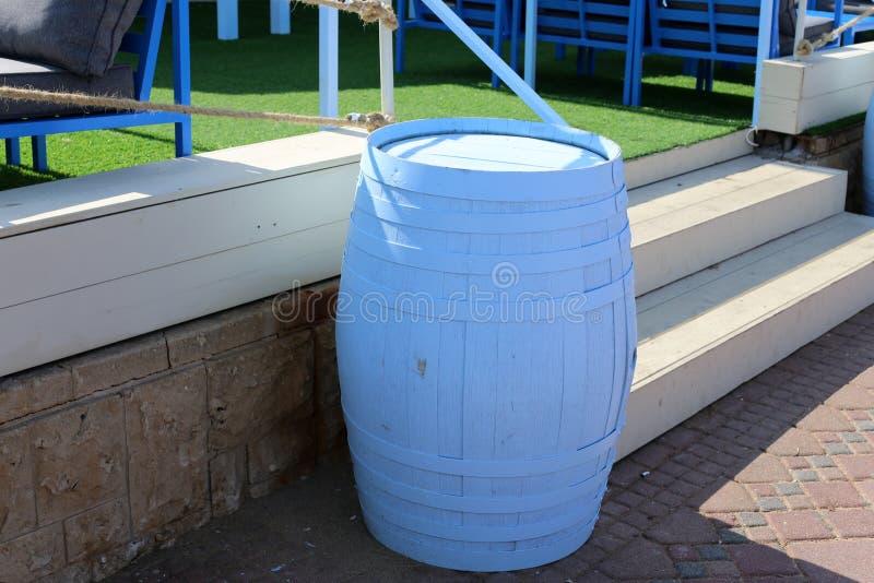 Vat - een cilindrisch vat voor vloeistof royalty-vrije stock foto's