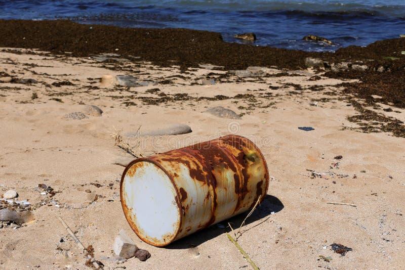 Vat - een cilindrisch vat voor vloeistof stock fotografie