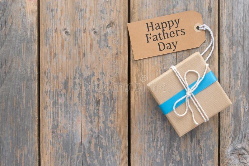 Vatertags-Geschenk lizenzfreie stockfotografie