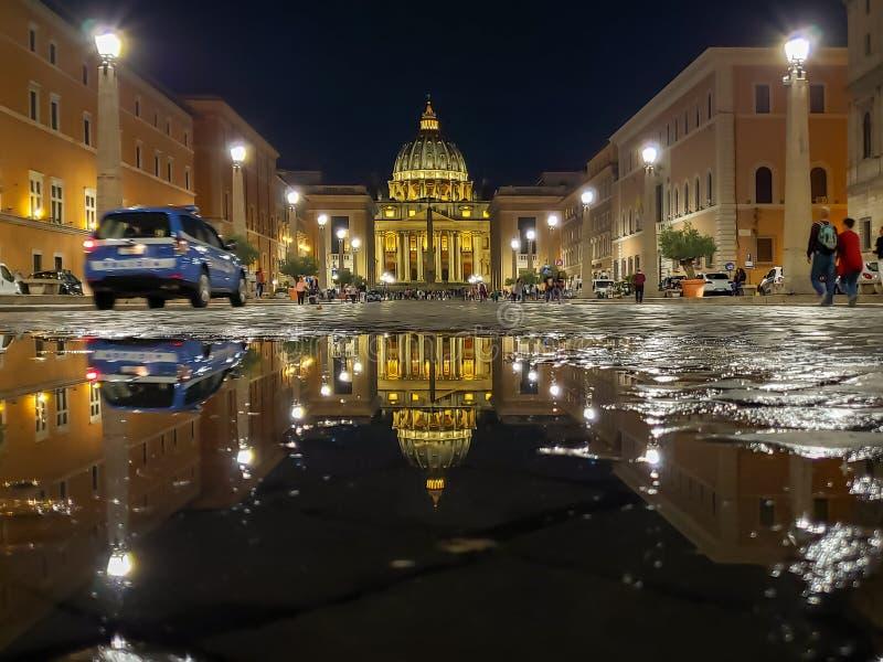 Vatican, basilique et endroit de StPeter, Saint Pierre de Rome, Italie - de Basilique et Saint Pierre d'endroit de La, Vatican, R photo libre de droits