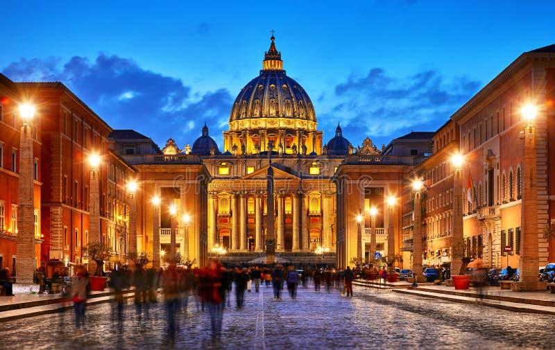 Vatican City Holy See Kupol av St Peters Basil royaltyfria foton