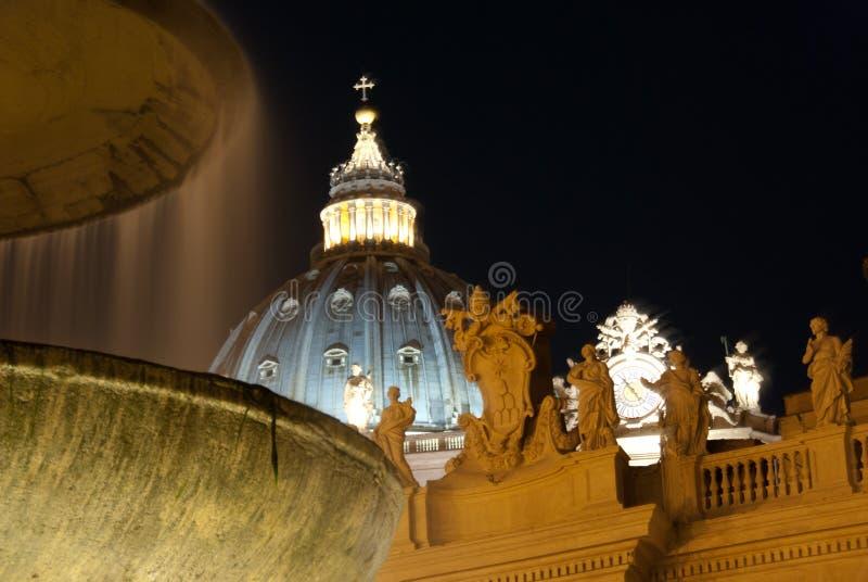 Vatican na noite imagens de stock royalty free