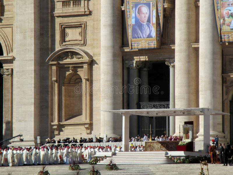 Vatican Square Saint Peter Mass Pope Francis Roma Italy. Vatican Square Saint Peter Mass Pope FrancisnRoma Italy Europe Mass of canonizations October 15, 2017 stock image