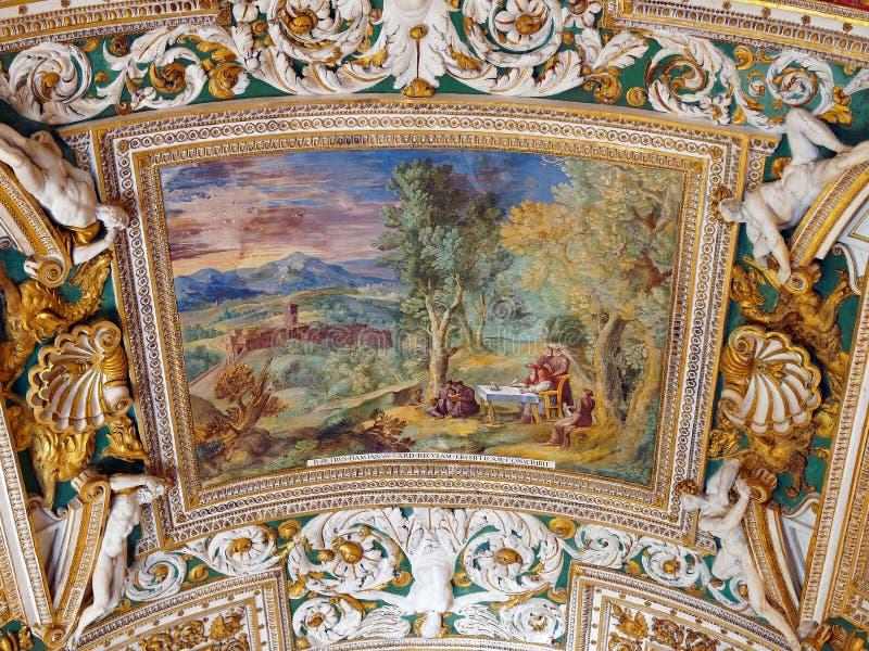 Vaticanentak, färgglade freskomålningar, biblisk plats royaltyfria foton