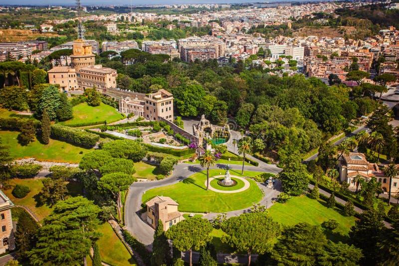Vaticanenträdgårdar royaltyfri foto