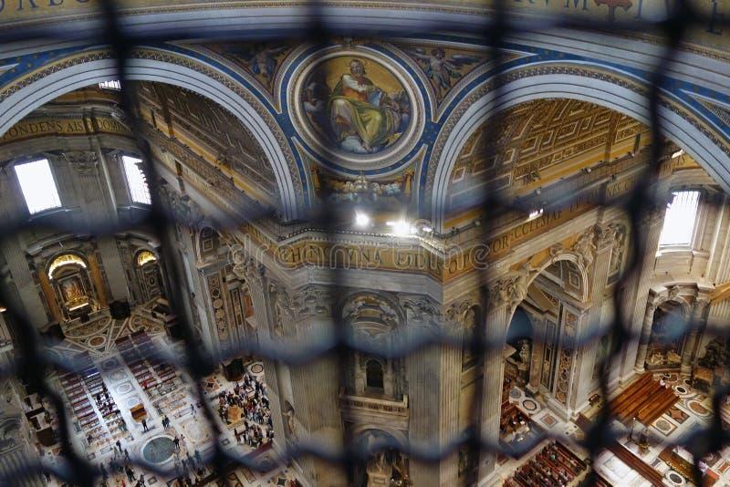 Vaticano del interior de Peter Basilica del santo foto de archivo libre de regalías