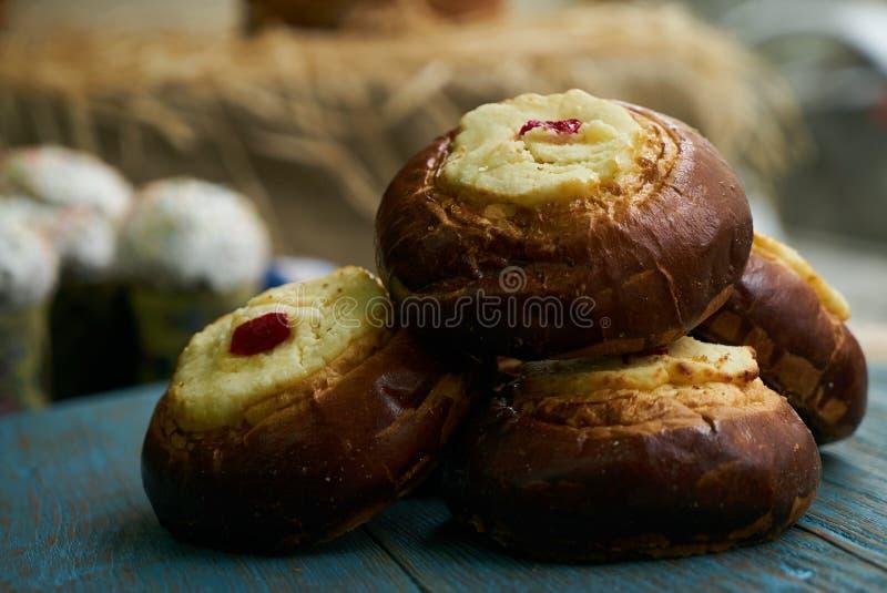 Vatrushka ruso tradicional de los pasteles imagenes de archivo