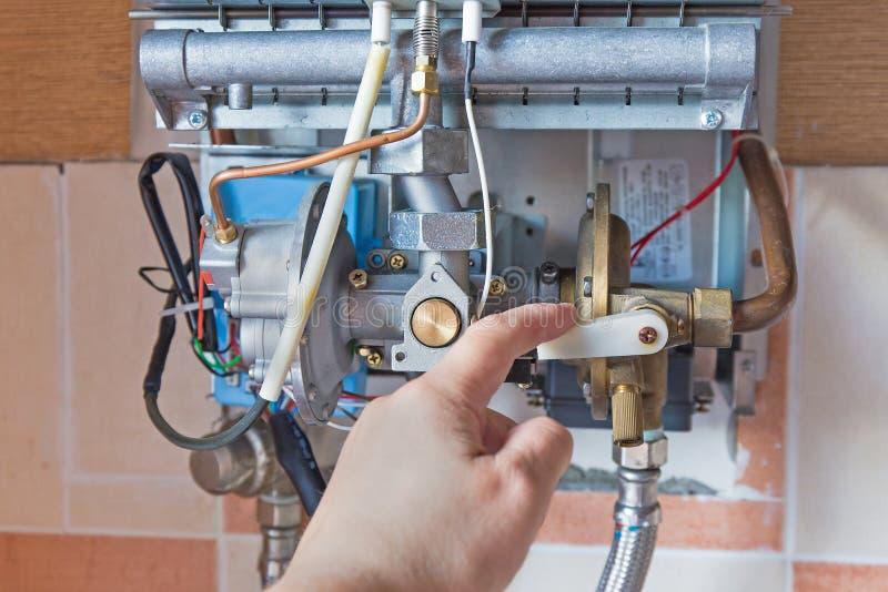 vatten för gasvärmeapparat arkivbilder