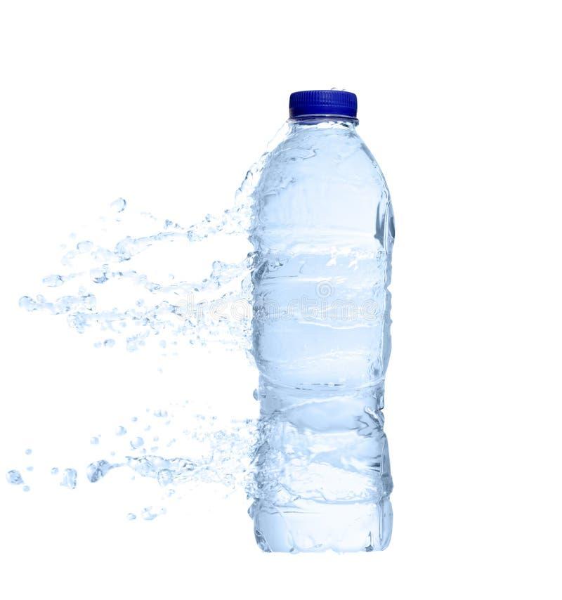 vatten för plastic färgstänk för flaska oöppnat royaltyfri foto