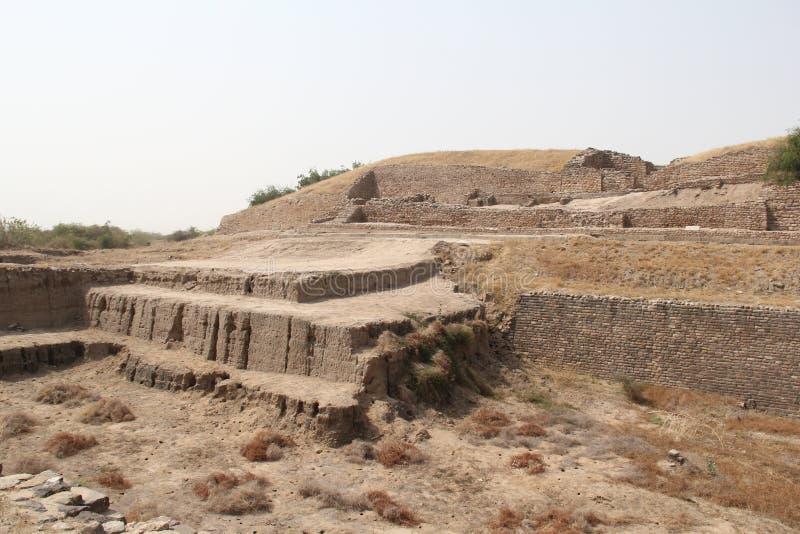 Vattenbehållare av den Harappan civilisationplatsen royaltyfria bilder