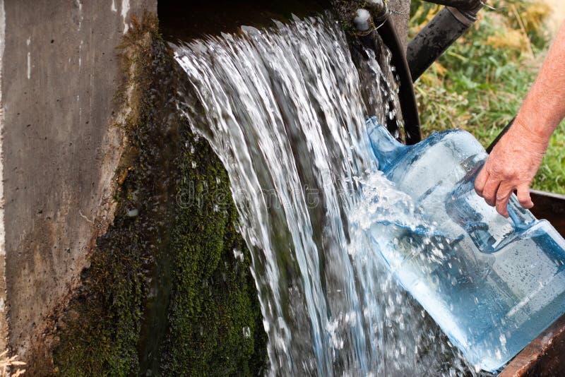 Vattenbensinstation royaltyfria bilder