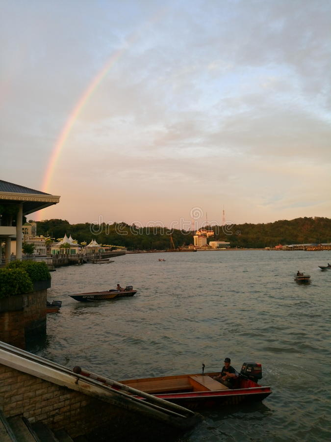 Vattenby, Bandar Seri Begawan royaltyfria bilder