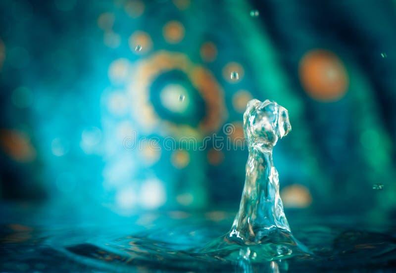 Vattendroppfärgstänk royaltyfria bilder