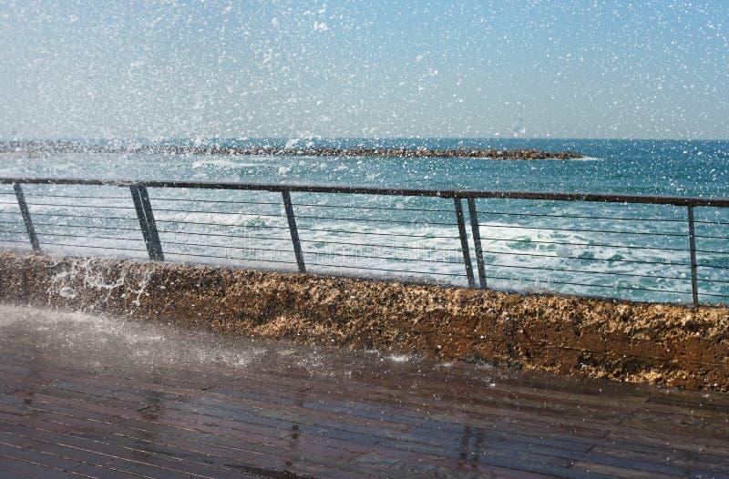 Vattenfärgstänk och hal promenad arkivfoton